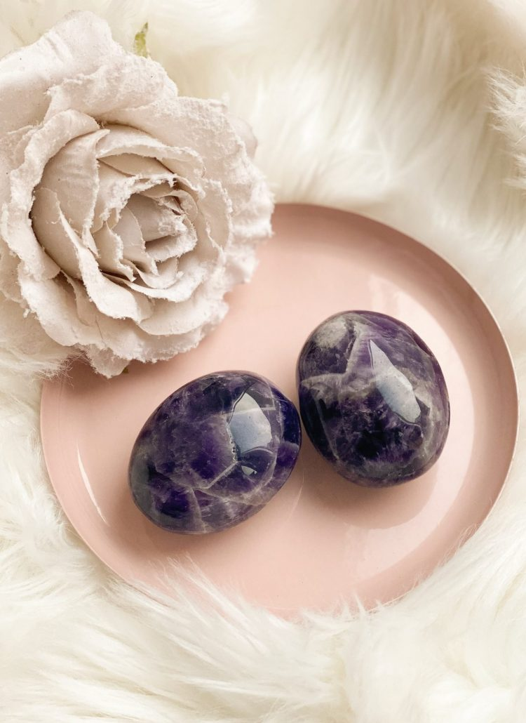 amethyst stone crystals for empaths